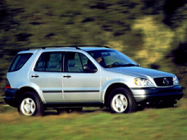 Photo 1999 Mercedes-Benz M-Class